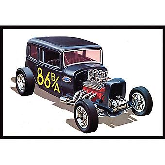 AMT Model Kit - 1932 Ford Victoria Car - 3 in 1 Edition -1:25 Scale -AMT902 -New