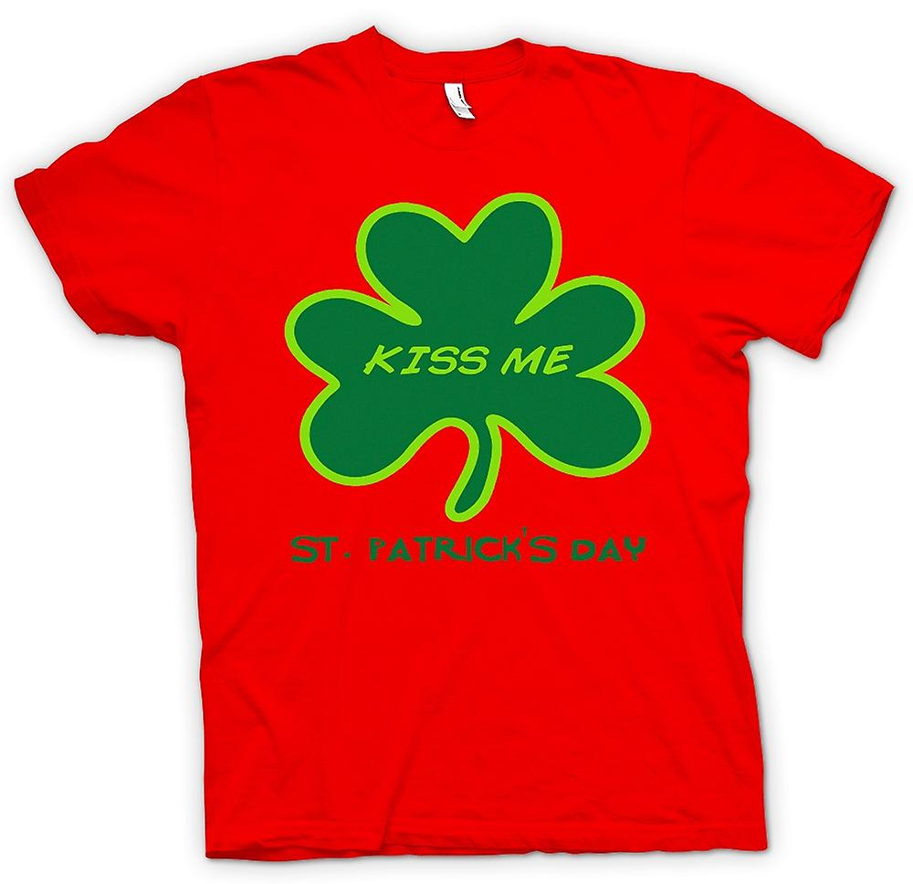 Mens T-shirt - St Patricks Day - Kiss Me