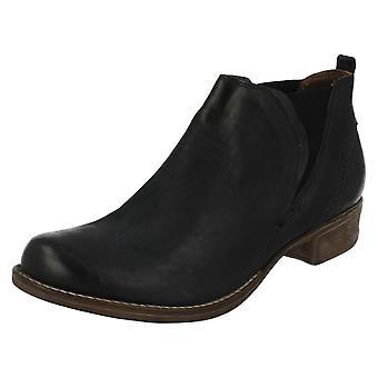 Ladies Clarks Chelsea Boots Colindale Oak