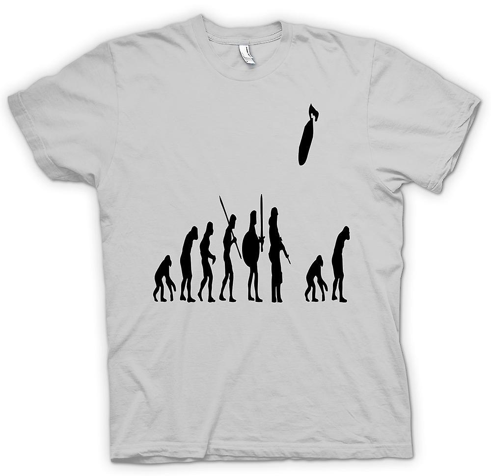 Mens t-skjorte - Mans utviklingen av krigen & livet