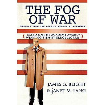 Dimman av krig: lärdomar från livet av Robert S. McNamara