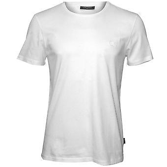 كالفين كلاين ياري تنقش شعار الطاقم-رقبته القميص، الأبيض الكمال