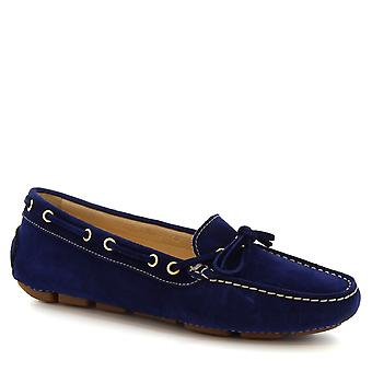 Leonardo Shoes women's handmade boat mocassins in blue suede and calf leather
