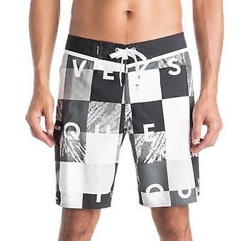 Check Remix 19 Mid Length Board Shorts