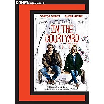 In the Courtyard [DVD] USA import