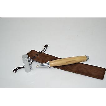 Rouleau de stylo de boule en bois fait du stylo en bois robinie à la casquette magnétique de chapeau à la main ballpoint cadeau cadeau idée unique