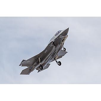 Un avion de l'US Marine Corps F-35 b Poster Print par Rob EdgcumbeStocktrek Images