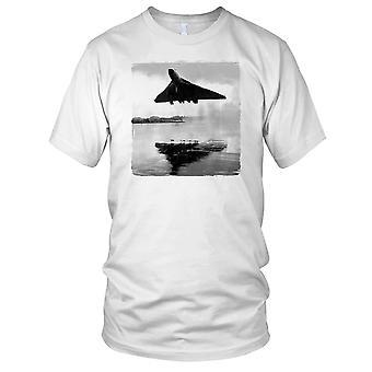 RAF Vulcan Bomber Low Level Mens T Shirt