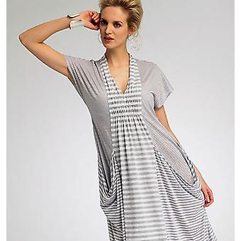 Misses' Dress  Y Xsm  Sml  Med Pattern V8813  0Y0