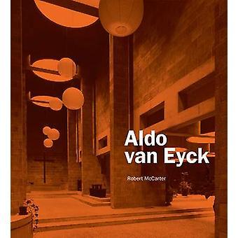 الدو فإن إيك بروبرت مككارتير-كتاب 9780300153965