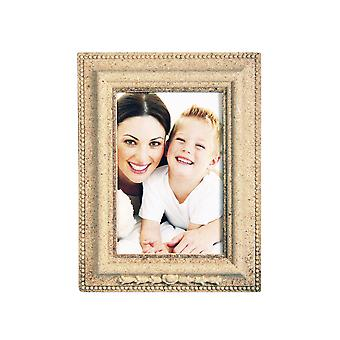 Bevelled Rectangle MDF Wood Photo Frame to Decorate - 17cm by 13cm