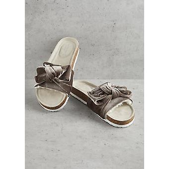 Mink Velour Bow Footbed