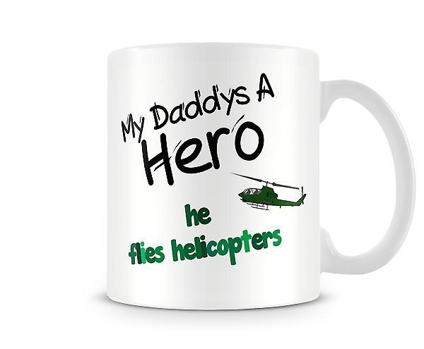Min pappa flyger helikoptrar tryckt mugg