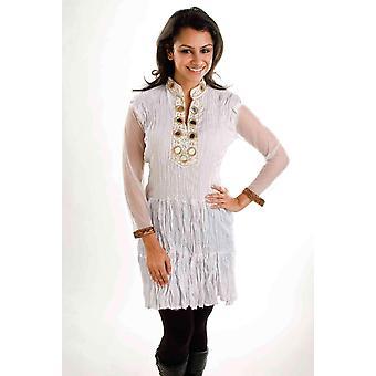 Blanco triturado crepe Kurti / túnica con escote dorado - grande