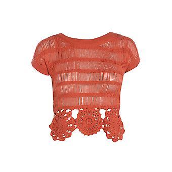 DP Crochet Hem Top