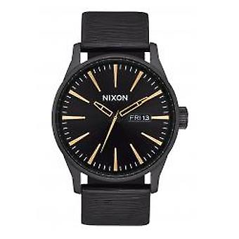 Nixon The Sentry Leather All Black / Gold / White (A1052987)