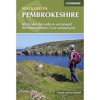 In/nabij de National wandelen in Pembrokeshire - 40 circulaire wandelingen