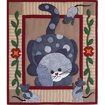 Spotty Cat Quilt Kit 15