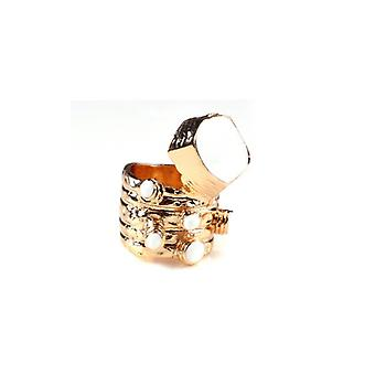 The Fashion Bible Retro Vintage Style Ring In White