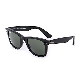 Ray-Ban Classic Black Thick Framed Wayfarer Sunglasses