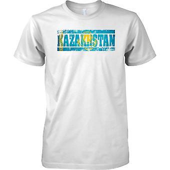 Kazakistan Grunge paese nome effetto bandiera - Mens T-Shirt