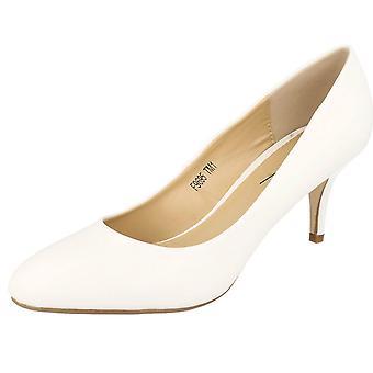 Las señoras Anne Michelle medio zapatos de tacón de corte
