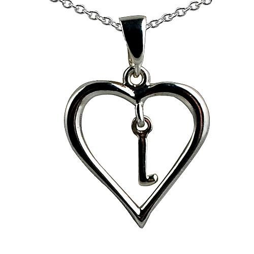 Silver 18x18mm initial L in a heart with rolo chain