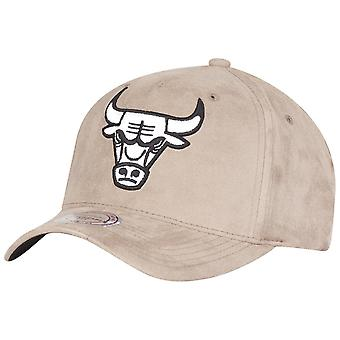 Mitchell Ness & cappelli - Chicago Bulls taupe SUEDE