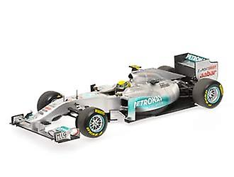 Mercedes Petronas W02 (Nico Rosberg - Showcar 2011) Diecast Model Car