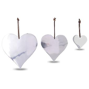 Ensemble de trois Heart Shaped Aluminium accroché des décorations de Noël