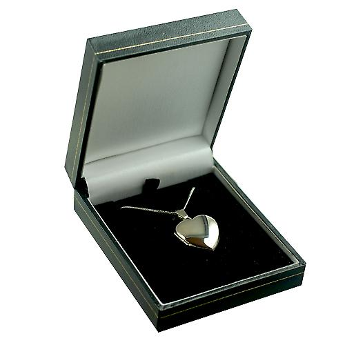 9ct White Gold 21x19mm plain heart shaped Locket with a curb Chain 16 inches Only Suitable for Children
