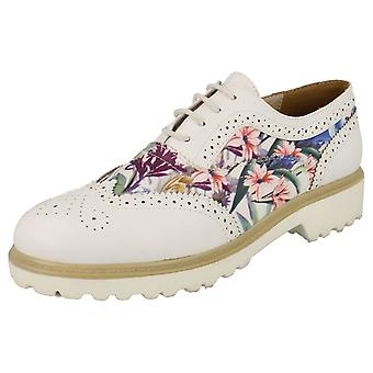 Ladies Spot su Brogue scarpe stringate