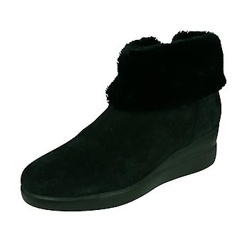 Geox D Stardust C Womens Suede Ankle Boots - Black