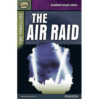 Rasche Bühnenbild 9 - Zeitreisende - der Luftangriff von Dee Reid - Benj