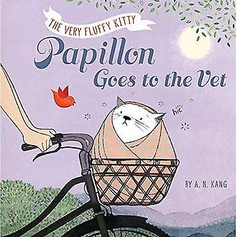 Papillon, Book 2 Papillon Goes to the Vet (Papillon)