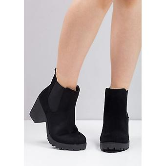 Cleated PlatformElasticated Chelsea Ankle Boots Black