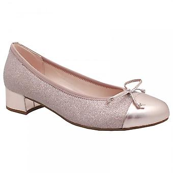 Gabor Low Heel Closed Toe Court Shoe