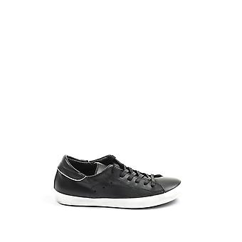 Philippe model men's CLLUFV02 black leather of sneakers