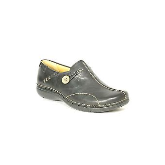 Clarks Ladies Shoe Un Loop Black