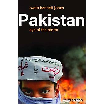 Pakistan - Eye of the Storm (3rd Revised edition) by Owen Bennett Jone
