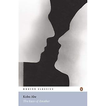 The Face of Another (Penguin Modern Classics)