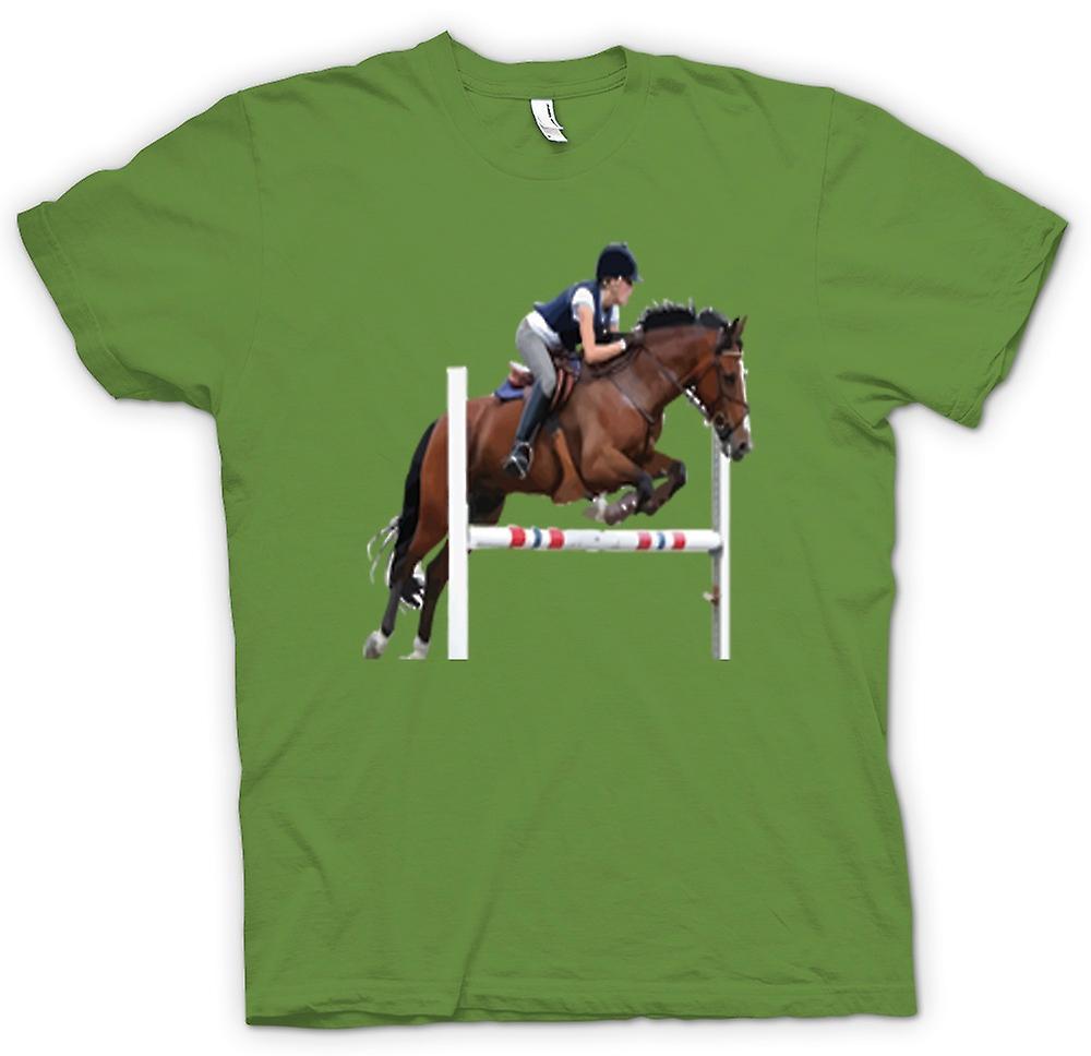 Mens t-skjorte-sprangridning hest