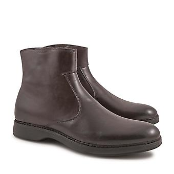 Handmade men's ankle boots with zip in chocolat calf leather