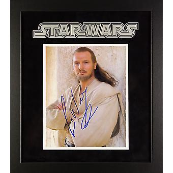 Star Wars - signée Liam Neeson Photo - encadré Artist Series