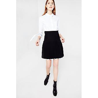 AMT Pleated Skirt With Scallop Underlay