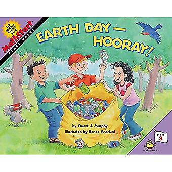 Earth Day--Hooray! (Mathstart: Level 3 (HarperCollins Paperback))