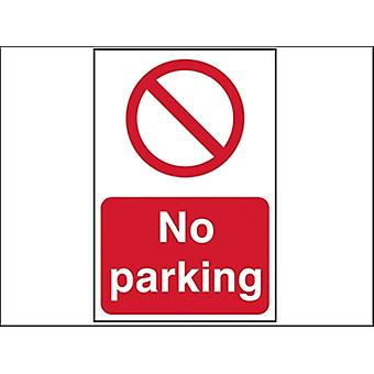 NO PARKING - PVC 400 x 600 mm