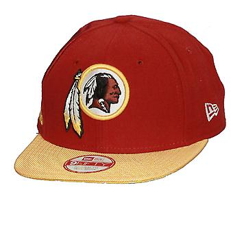 Ny æra og NFL sidelinjen 9Fifty Flatbill Cap ~ Washington Redskins