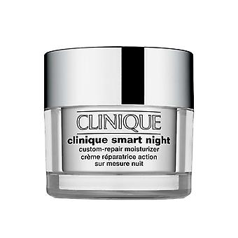 Clinique Smart nuit Custom Repair hydratant peigne/grasse 50 ml