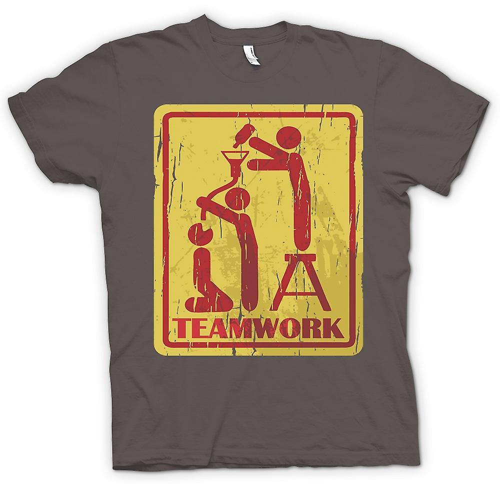 Womens T-shirt - Teamwork - Drinking